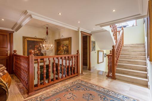 La casa impresionante tiene una superficie habitable de 668 metros cuadrados