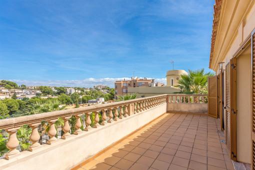 Balcón de 30 metros cuadrados con vistas hermosas