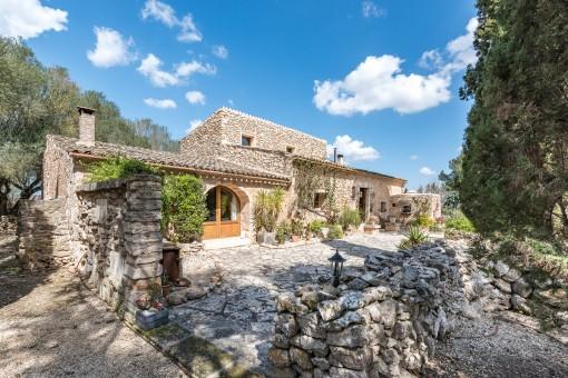 Encantadora finca con magníficas vistas panorámicas en el sudeste de Mallorca