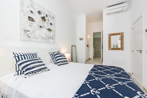 El dormitorio doble ofrece un baño en suite
