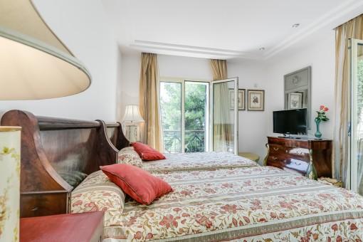 Segundo dormitorio con TV