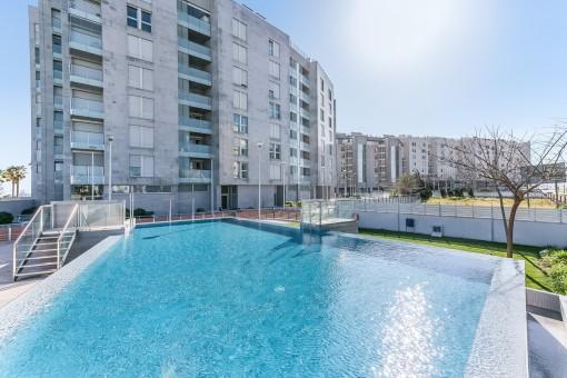Fantástica piscina comunitaria