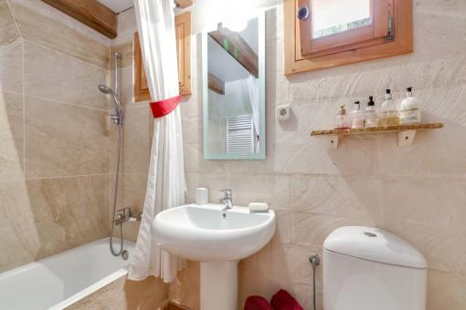 Uno de los 2 baños