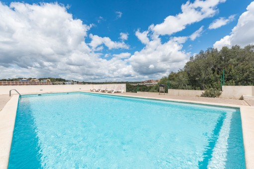 Estupenda piscina comunitaria