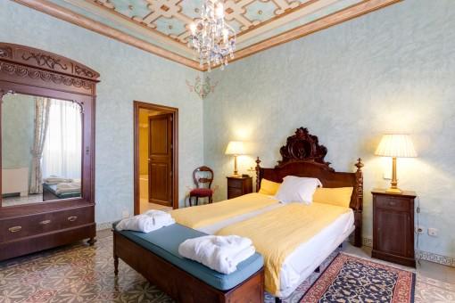 Dormitorio en estilo mallorquin