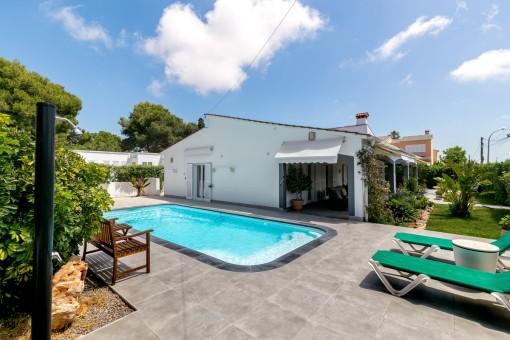 La piscina es ideal para disfrutar los dias de verano