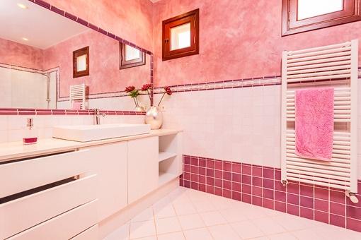 Otro baño con calefacción