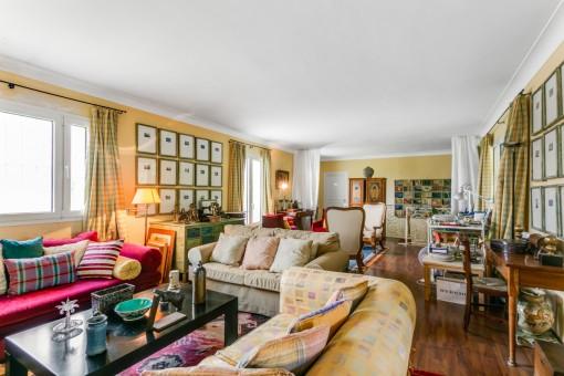 Vista alternativa de la sala de estar