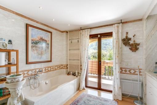 Baño principal con acceso a la veranda