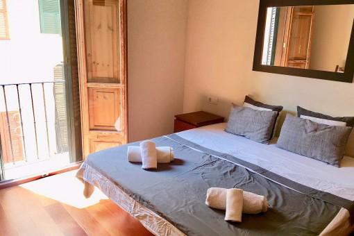 Soleado dormitorio doble