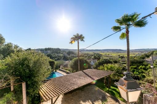 Finca mallorquina con licencia de alquiler turístico, piscina en Sant Joan