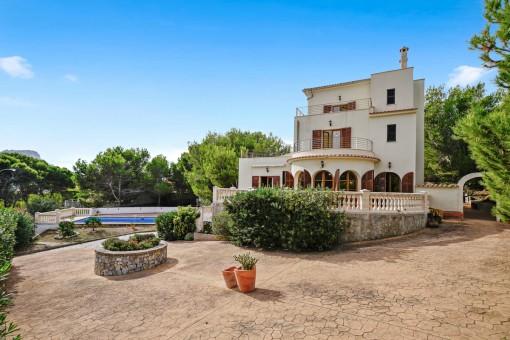 Villa en Cala Mesquida