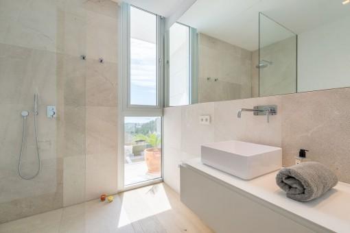 Uno de los 3 baños