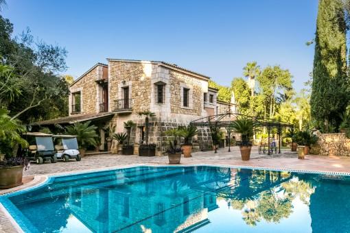 Magnífica finca privada en Sencelles con licencia de alquiler para 10 personas y una vegetación impresionante