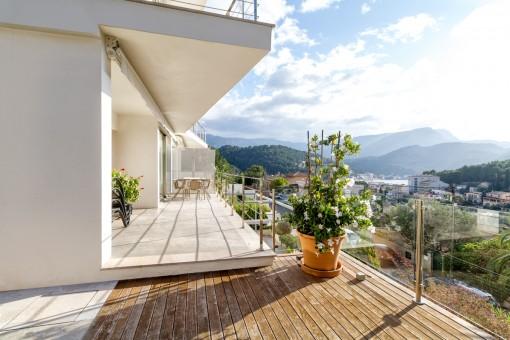 Maravillosas vistas a la montaña desde el balcón