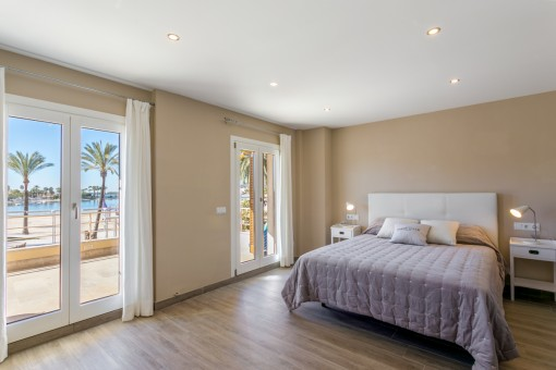 Amplio dormitorio principal
