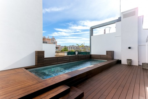 Agradable área de piscina