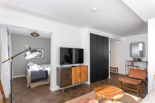 Área de estar con acceso al dormitorio
