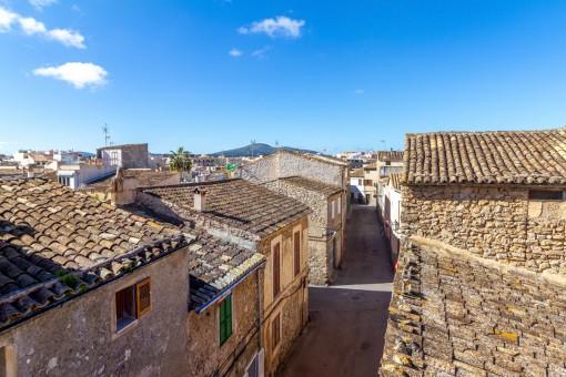 Dos casas de pueblo conectadas y con mucho potencial en el centro de Artà