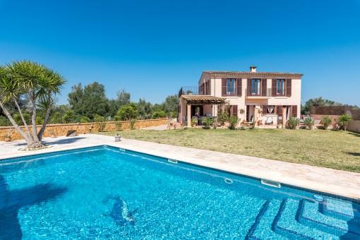 Hermosa finca con piscina y casa de huéspedes totalmente equipada en Son Mesquida, Felanitx