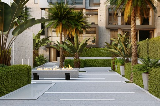 Jardín verde del complejo residencial