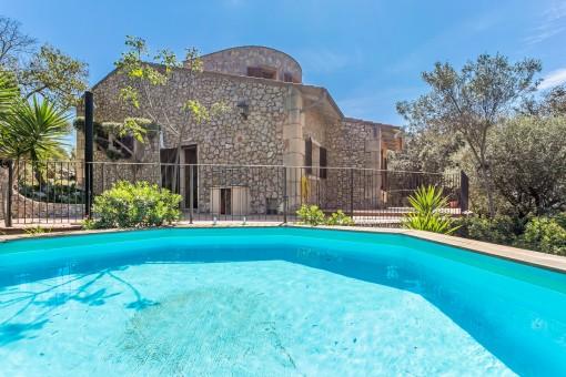 Fantástica piscina de la propiedad