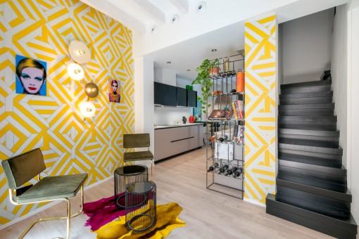 Área de estar y cocina abierta