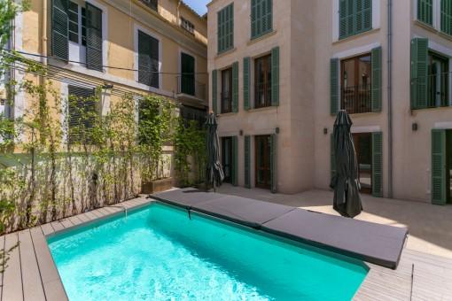 Exclusivo dúplex de nueva construcción con piscina en el centro del casco antiguo de Palma