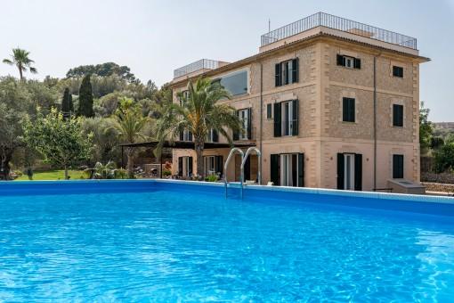 Moderna finca reformada con casa de huéspedes separada y apartamento cerca de Son Moix, Palma