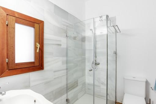 Segundo baño con ventan
