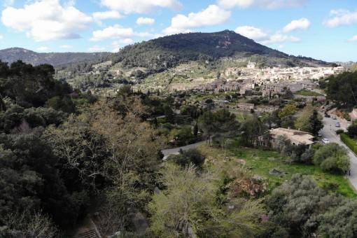 Fantástico terreno junto al pueblo en Valldemossa