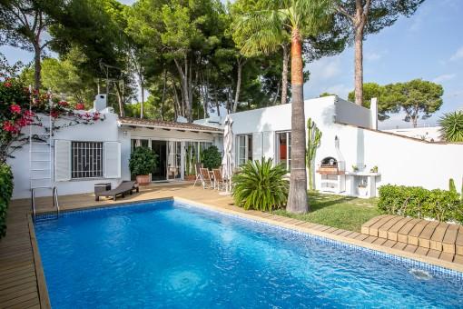 Casa unifamiliar en una ubicación privilegiada en Sol de Mallorca cerca de Palma