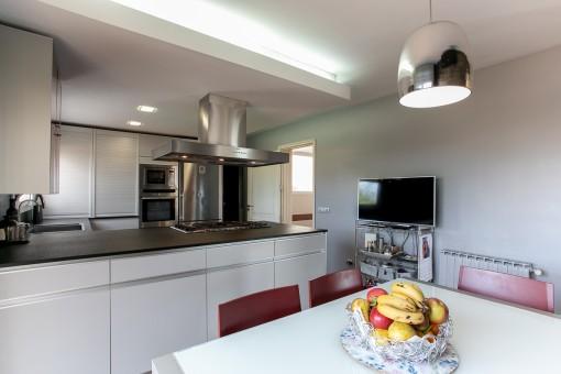 Orta vista de la cocina