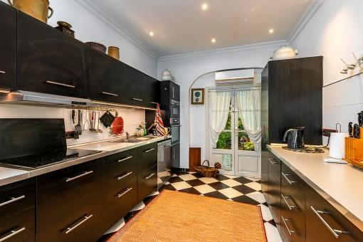 Cocina equipada y espaciosa