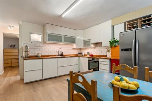 Cocina moderna del apartamento