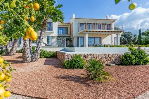 Chalet de diseño en Son Gual con vistas a la bahía de Palma