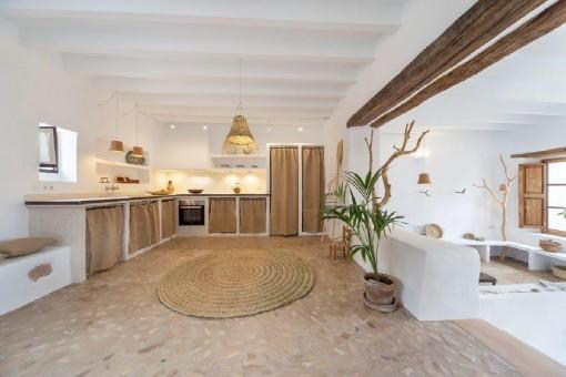 Casa restaurada única y encantadora en Costix