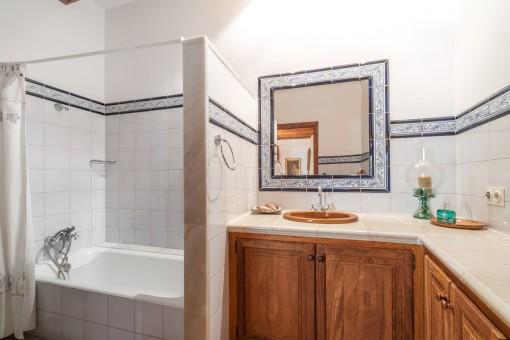 Baño separado con ducha