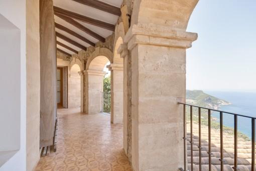 Balcón superior de la villa