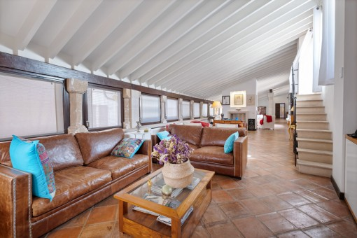 Sala de estar y comedor abierto
