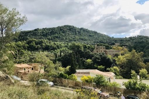 Solar urbano con vistas despejadas y a sólo 5 minutos a pie de Valldemossa