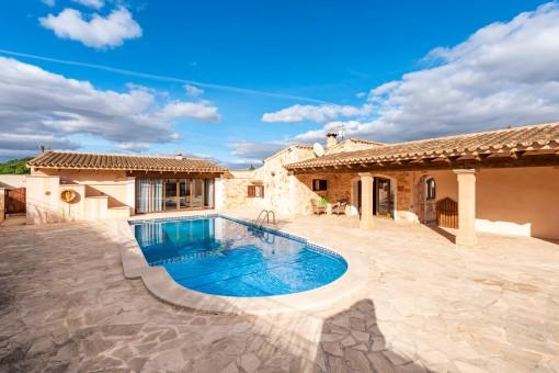 Excelente finca con piscina grande cerca de Santanyí