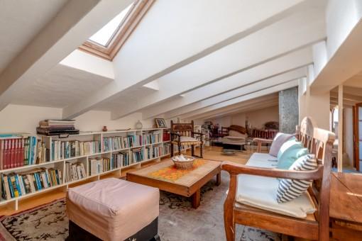 Sala de lectura en el nivel superior