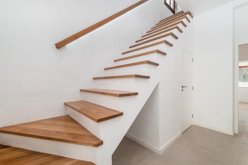 Escalera a la planta superior