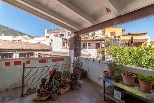 Casa de pueblo con muchas posibilidades en el centro de Alaró