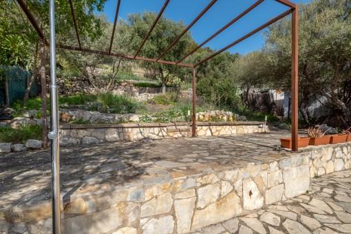 Jardín con terrazas