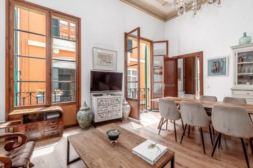 Precioso piso de 3 dormitorios con 2 patios en el barrio de La Lonja
