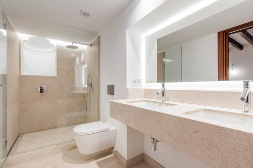 Baño en suite 1