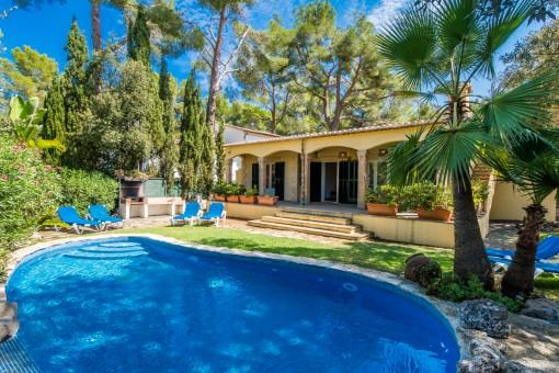 Amplio chalet con piscina y licencia de alquiler vacacional en una zona tranquila de Bonaire